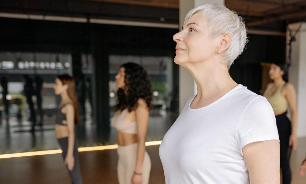 Menopause: Warum sich ein Krankenkassenwechsel lohnen kann